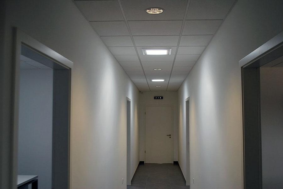 NMH Sereď - presvetlenie kancelárie svetlovodmi Sunway